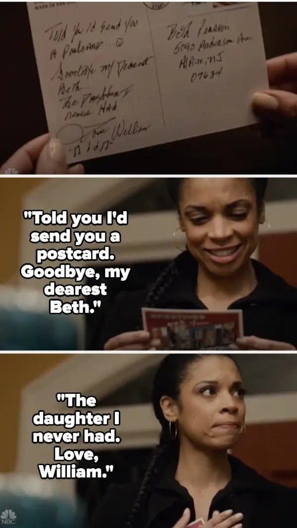 Beth lê o cartão que William mandou se despedindo e sorri emocionada