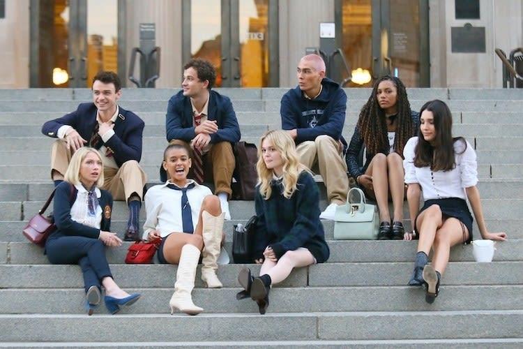 """Novo elenco de """"Gossip Girl"""" gravando em Nova York"""