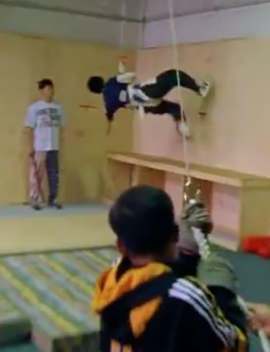 Foto de um treinamento de wire wu