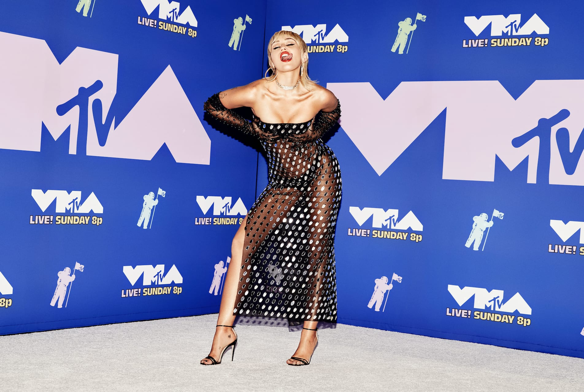 Miley Cyrus posando no VMA