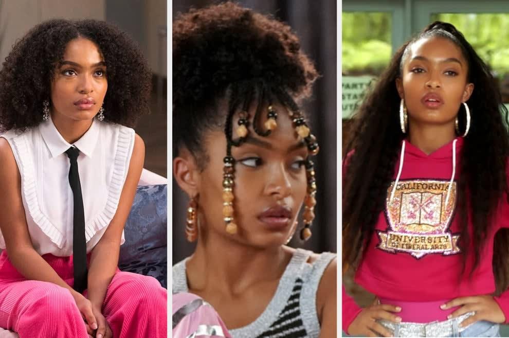 Um montagem com três imagens de uma mulher negra. Na primeira imagem ela usa uma blusa branca, calça rosa e gravata preta. Na segunda o seu cabelo afro tem detalhes com miçangas na franja e na segunda ela usa um moletom rosa.