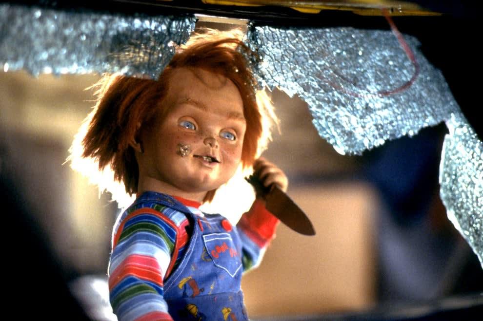 Chucky the doll holding a knife