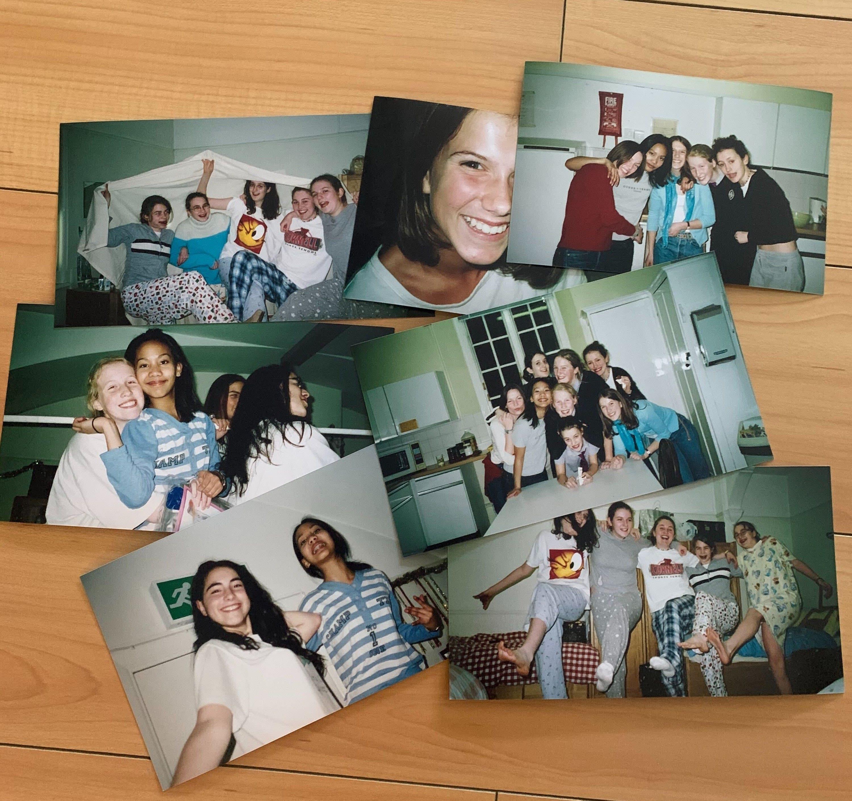 Várias fotos de adolescentes numa noite de pijama