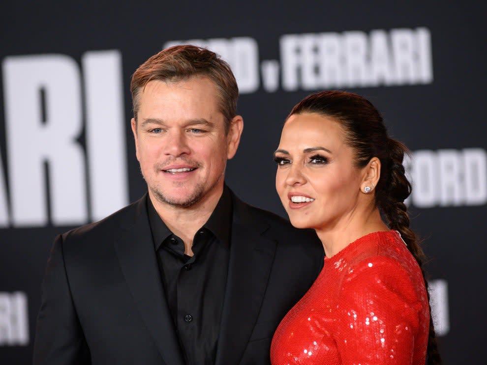 Foto de Matt Damon e Luciana Barroso, sua esposa.