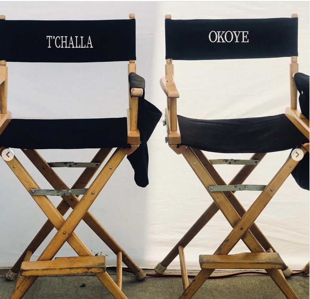 Cadeiras vazias de gravação para TÇhalla e Okoye