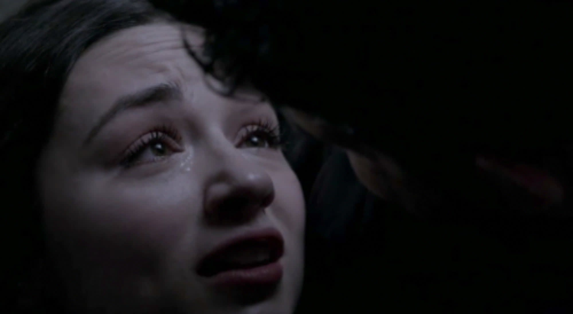 Allison tells Scott she loves him