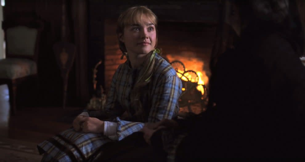 Florence Pugh as young Amy