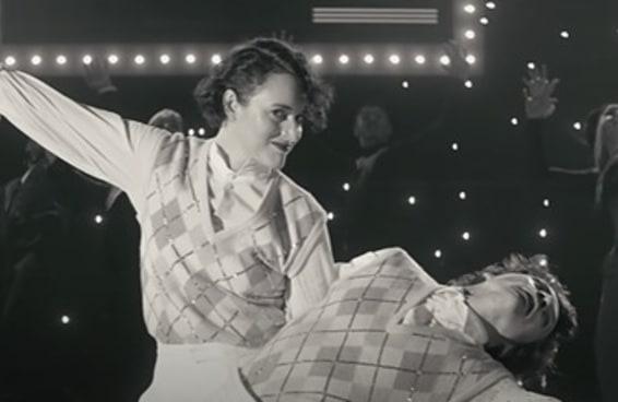 """Não canso de ver Harry Styles e Phoebe Waller-Bridge dançando em """"Treat People With Kindness"""""""