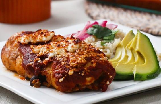 Rocambole de frango ao estilo mexicano