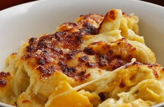 Este Mac 'N' Cheese de abóbora com queijo é maravilhoso
