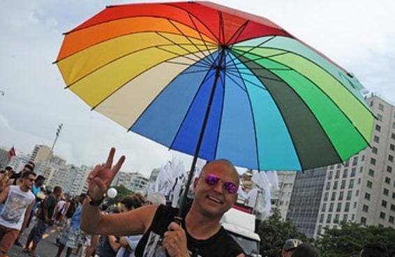 Depois de 8 anos, lei que pune homofobia voltou à estaca zero no Congresso