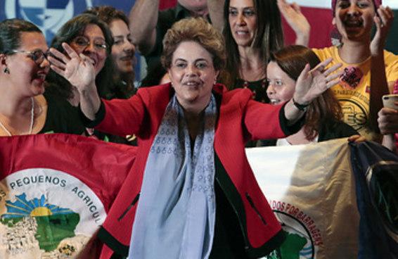 Em carta a senadores, Dilma se diz vítima de golpe e prometeu plebiscito