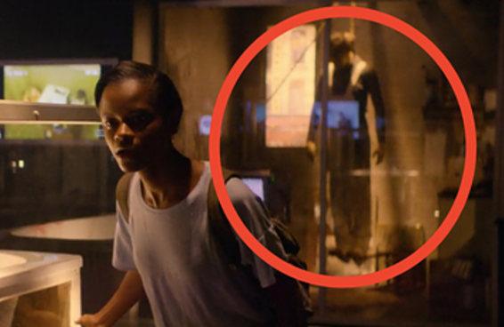 """25 detalhes que você provavelmente perdeu na quarta temporada de """"Black Mirror"""""""