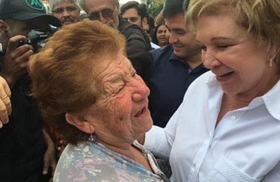 Na estreia da campanha, Marta vai à zona leste dizer que é a dona do CEU