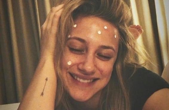 """A Lili Reinhart de """"Riverdale"""" foi super verdadeira e inspiradora ao falar sobre sua acne cística"""