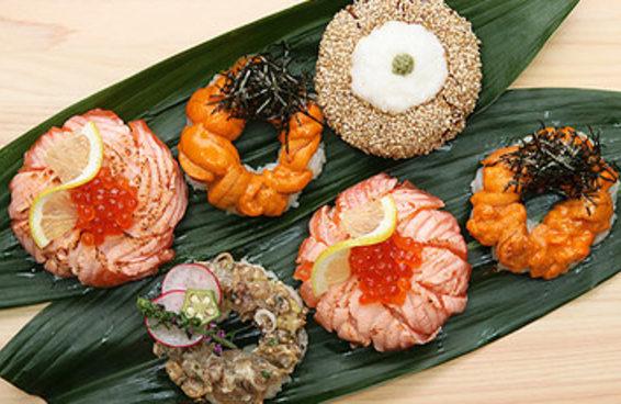 Quatro maneiras fazer o inovador donut de sushi