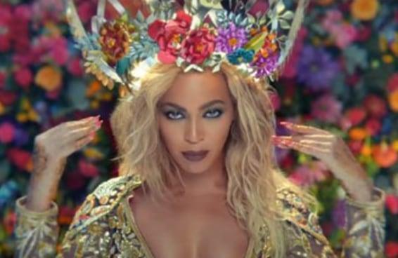 Beyoncé interpreta uma estrela de Bollywood no novo clipe do Coldplay