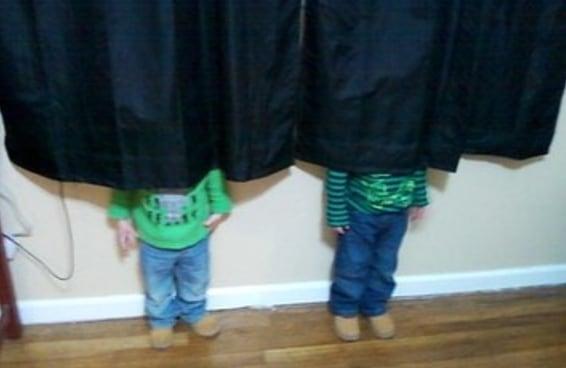 21 crianças que são absolutamente horríveis no esconde-esconde