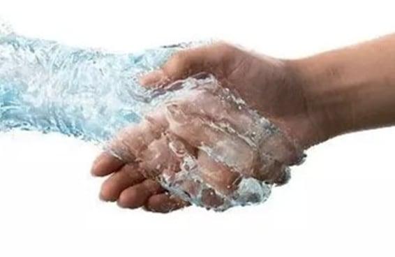 14 problemas que só quem tem a mão suada reconhece