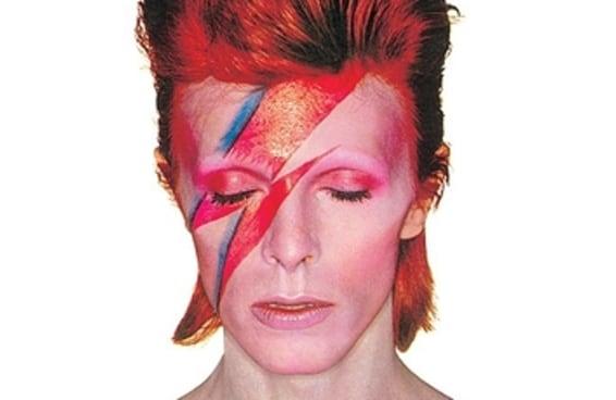 20 momentos brilhantes da carreira e da vida do David Bowie