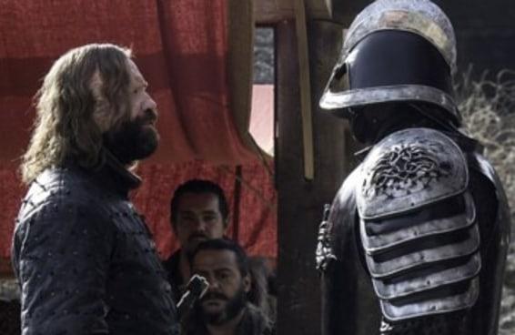 """Esta teoria de fãs definitivamente deve rolar antes do fim de """"Game Of Thrones"""""""