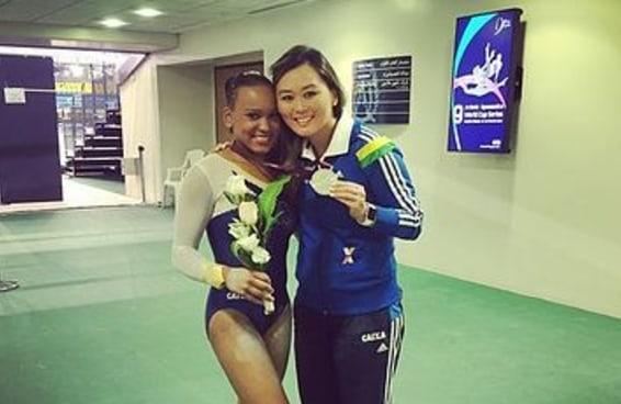 """A história da treinadora que foi """"mãe"""" da equipe brasileira de ginástica"""
