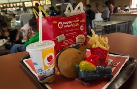 O McDonald's talvez diga adeus aos canudinhos de plástico no Reino Unido