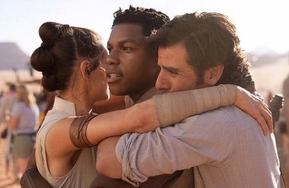 """John Boyega resolveu falar sobre ter sido deixado de lado em """"Star Wars"""" por causa da sua raça"""