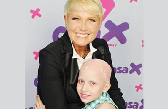 Estas são as fotos que a Xuxa enviou para a mãe que perdeu a filha