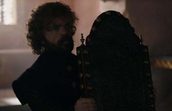 "68 pensamentos que tivemos vendo o episódio final de ""Game of Thrones"""