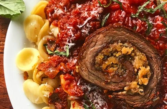 A bracciola é o prato perfeito para você se desafiar na cozinha e impressionar a família e os amigos.