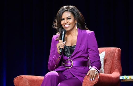 Michelle Obama mandou um recado depois de tomar a vacina contra COVID-19