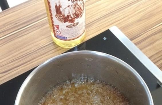 Testamos a receita da pipoca com calda de Jurupinga