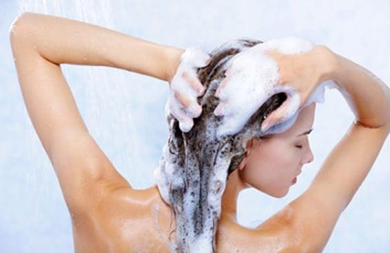 Você toma banho como as pessoas normais ou é uma aberração?