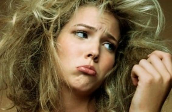 24 esforços épicos para alisar seu cabelo todos os dias