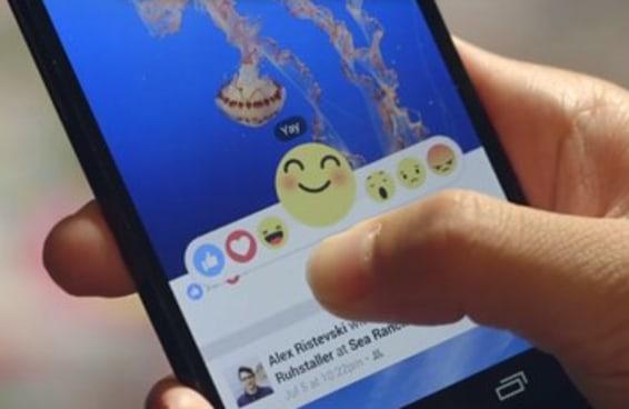 """Você pediu por um botão """"dislike"""" e o Facebook está disponibilizando emojis"""