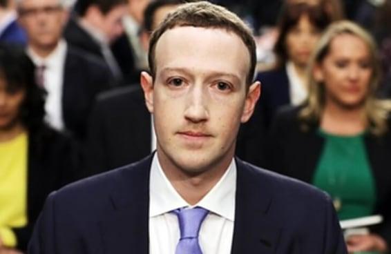 Seria Mark Zuckerberg UM ROBÔ?