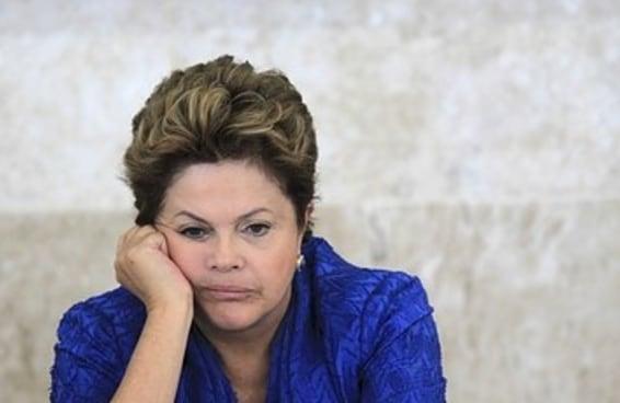 47 momentos em que a Dilma parece totalmente entediada