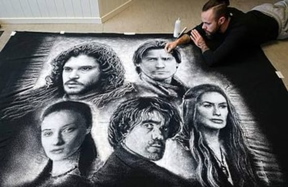Este artista cria retratos gigantes utilizando sal de cozinha