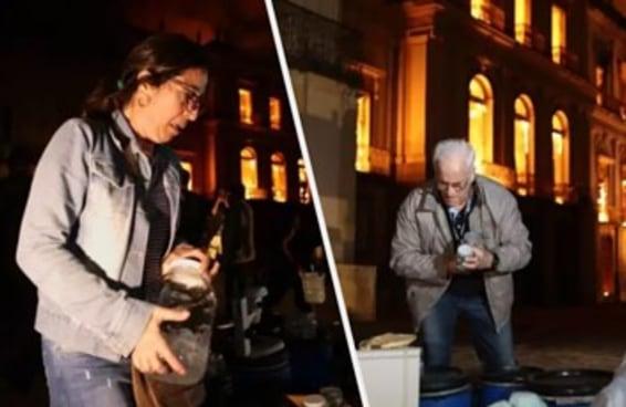 Estas imagens mostram pessoas desesperadas tentando salvar o acervo do Museu Nacional
