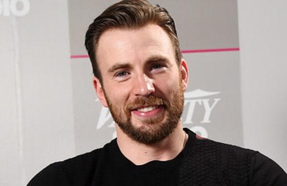 Precisamos tirar um momento para apreciar os suéteres favoritos de Chris Evans
