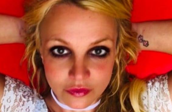 """Estão chamando a Britney Spears de """"Rainha Comunista"""" depois que ela convocou greves e redistribuição de riqueza"""