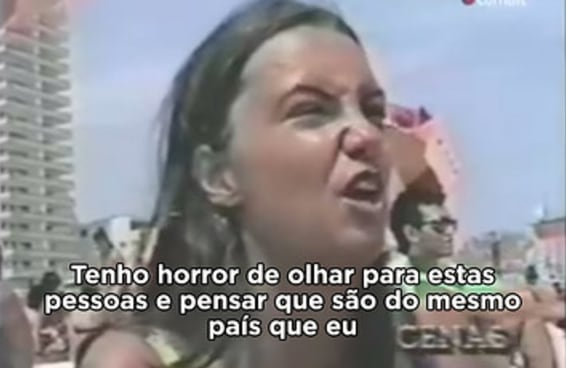 A história por trás do vídeo dos anos 90 com declarações racistas contra os suburbanos na praia