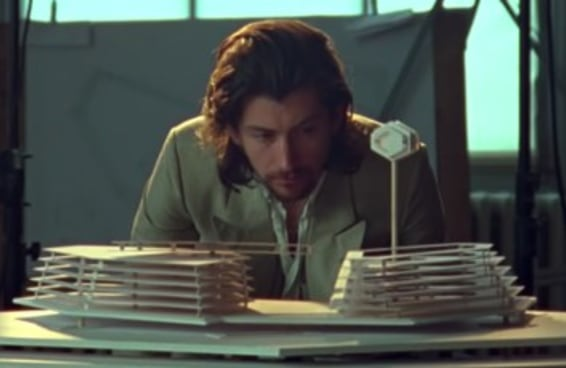 Qual álbum do Arctic Monkeys representa sua personalidade?