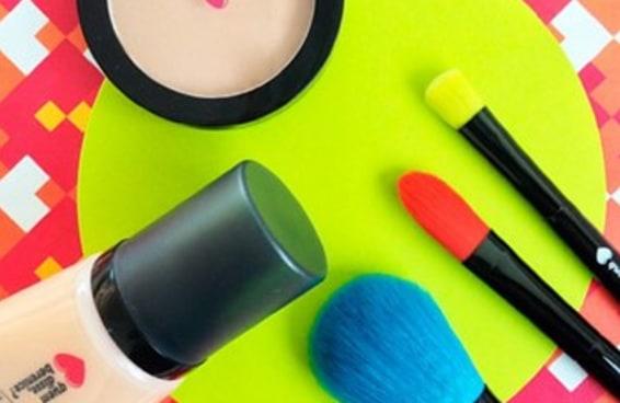 10 marcas de maquiagem que não vão falir sua nécessaire