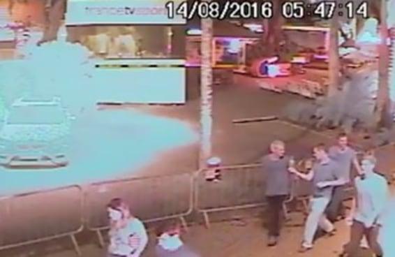 Nadadores arranjaram briga em posto e disseram que foram assaltados