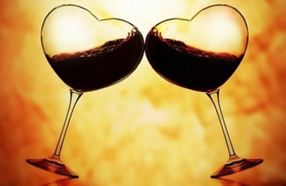 18 sinais de que você está em um relacionamento sério com o vinho