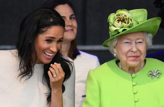 Parece que a Rainha e a Meghan Markle estão se dando melhor do que as pessoas esperavam