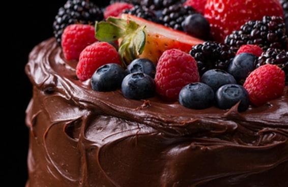 Este é o bolo sem lactose mais molhadinho do mundo!