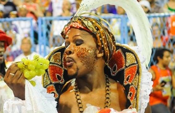 5 vezes inusitadas em que escolas de samba falaram sobre comida no Carnaval